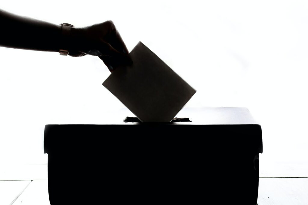 WAFB: 'Election Workers Accused of Shredding Voter Applications'